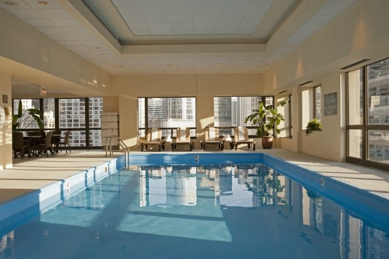 Homewood Suites Chicago Pool Best Kid-Friendly Hotels in Chicago