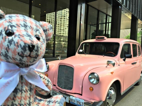LanghamChicagoLondonCab Best Kid-Friendly Hotels in Chicago