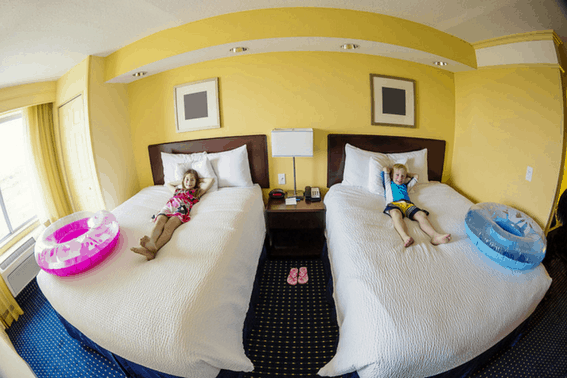 Budget Travel Tips: Lodging in Hotel