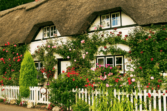 Budget Travel Tips: Lodging - English Cottage