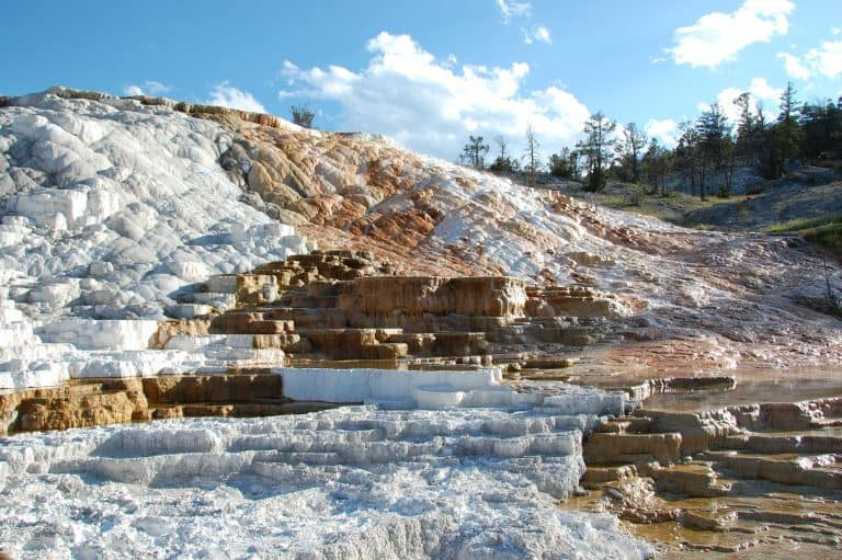 Best hikes in Yellowstone Mammoth Hot Springs