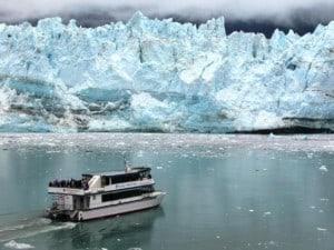 glacier tour boat