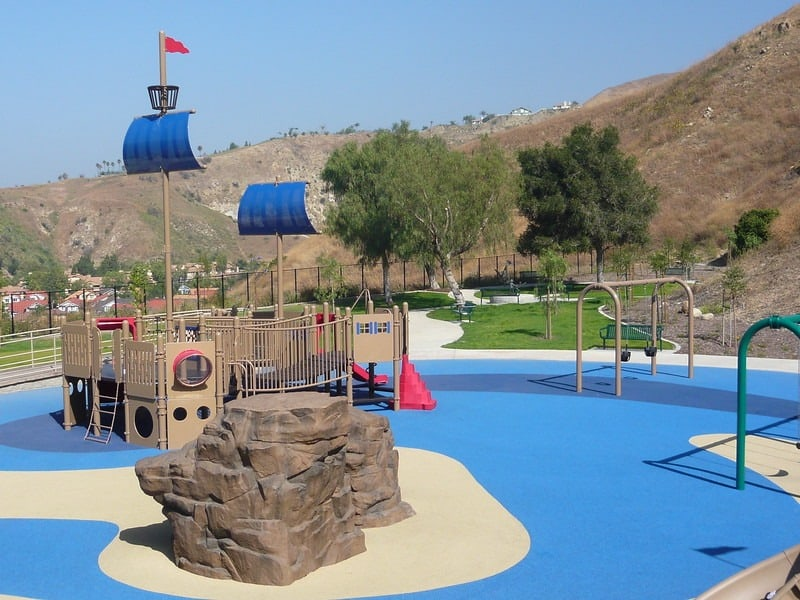 Playgrounds-Orange-County-California-with-kids-Box-Canyon-Michele-Whiteaker