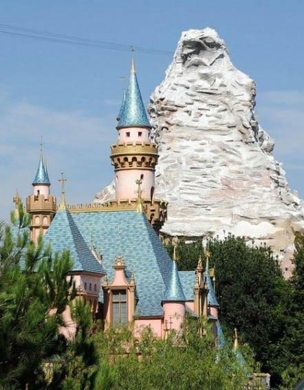 78 Disneyland Tips and Tricks for Your First Trip 2