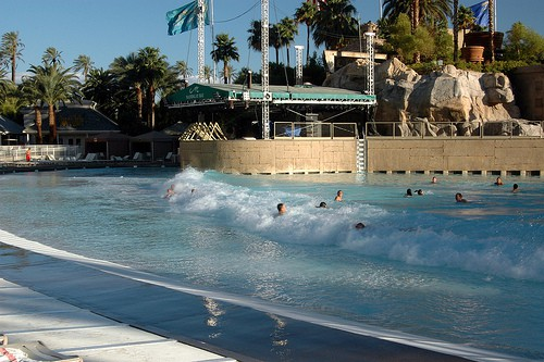 best hotel pools in vegas