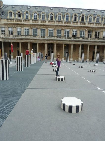 jardins du palais royal colonnes de ruben