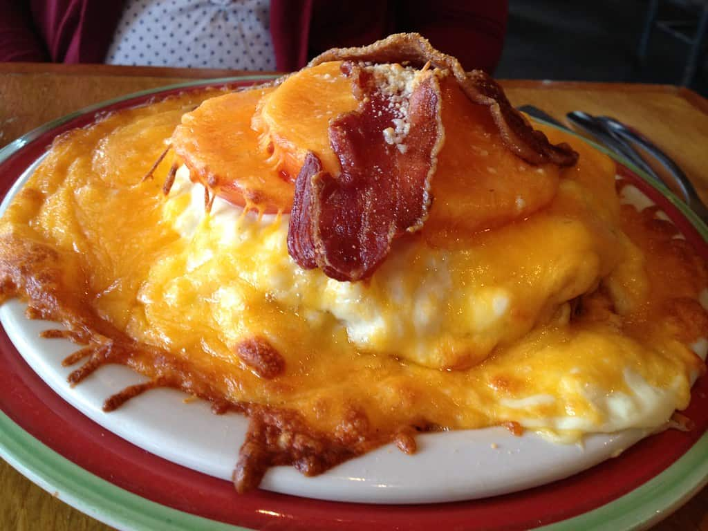 kentucky hot brown is something you must try on a Kentucky family vacation