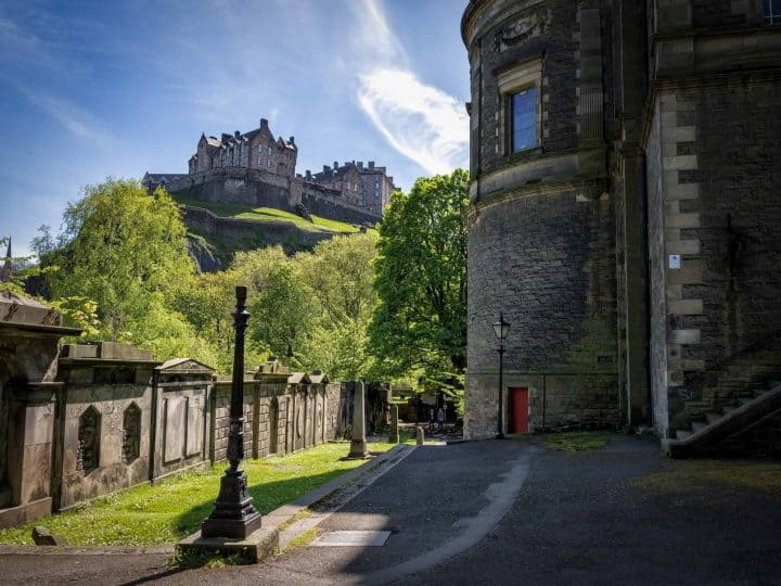 Edinburgh, Scotland - Photo by: flickr/garryullah