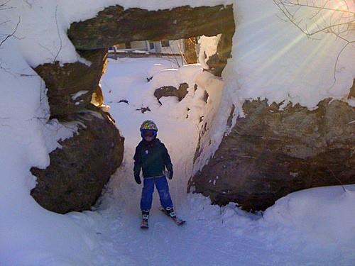 Skiing-through-King-Billy-Bobs-Den