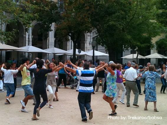 girona dancing