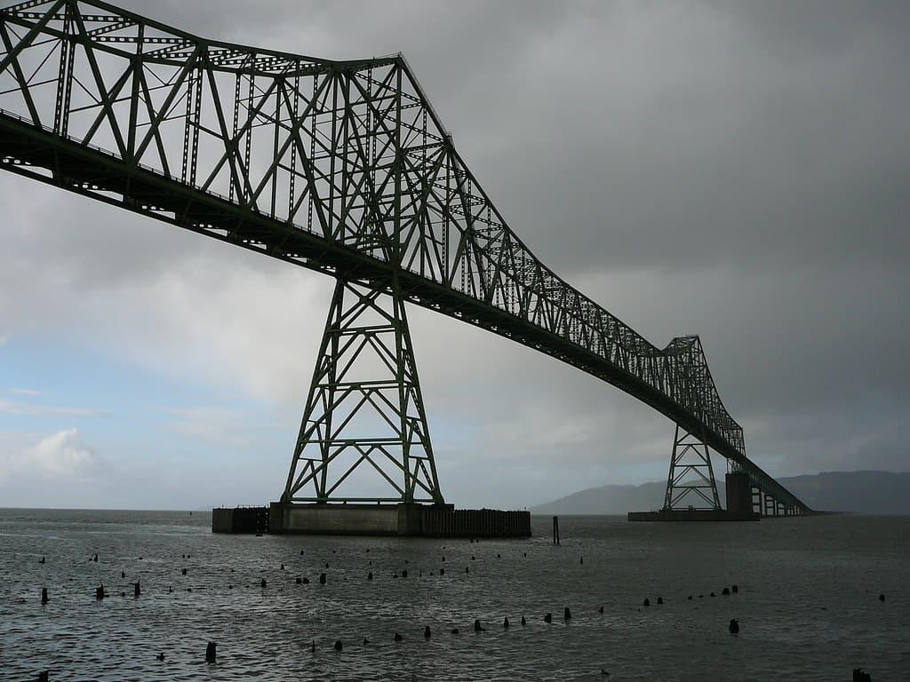 bridge astoria photo