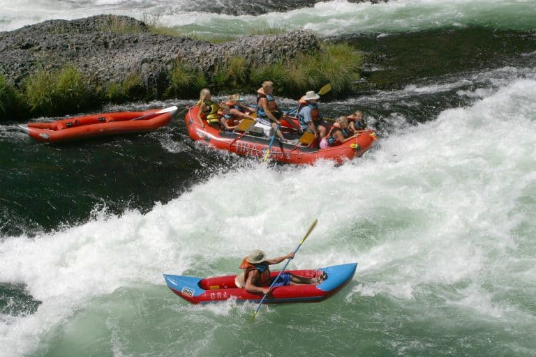 things to do in Oregon rafting Deschutes River