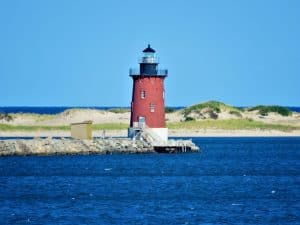 Delaware-with-kids-Breakwater-Light-by-bigstock-Jim-Shaner