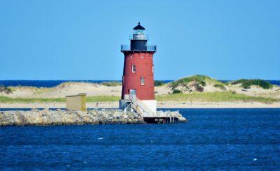 Delaware-with-kids-Breakwater-Light-by-bigstock-Jim-Shaner