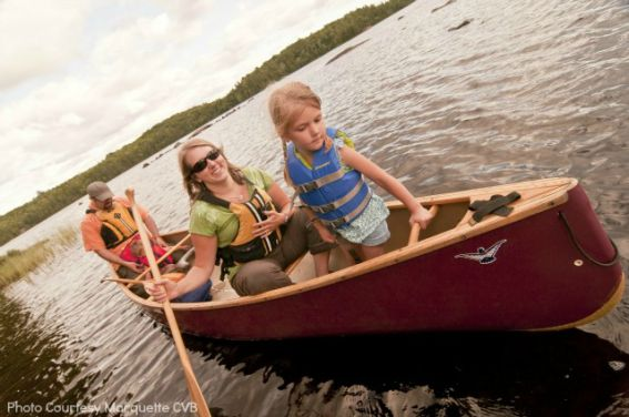 Top 10 Michigan Family canoeing on Craig Lake State Park in Marquette COunty