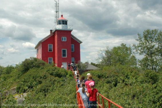 Top 10 Michigan Marquette Maritime Museum and Lighthouse(1)