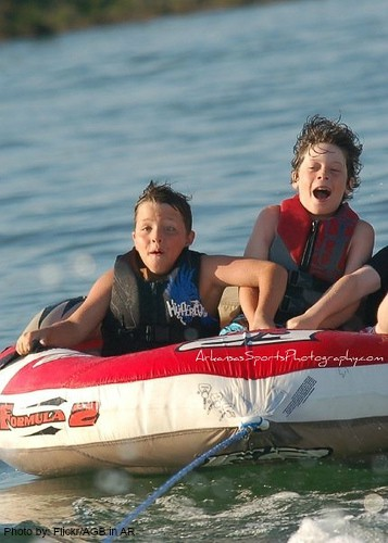 Top 10 Things for Families to Do in Arkansas: Greers Ferry Lake Photo by:Flickr/AGB in AR