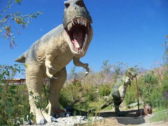California Dinosaur Encounters & Digs for Families and Kids: Cabazon Dinosaurs kids Photo by: Trekaroo/slofamilylife