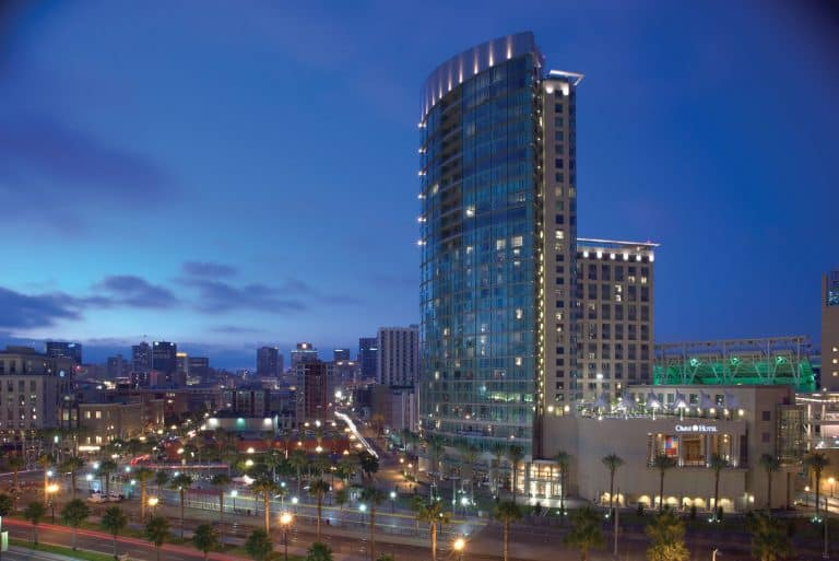 One of the best family hotels in San Diego is the Omni San Diego Hotel
