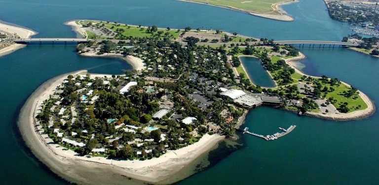 paradise Point is one of the best family hotels in San Diego