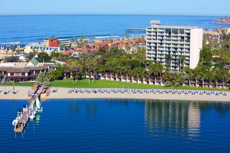 The catamaran resort is one of the best value kid-friendly hotels in San Diego