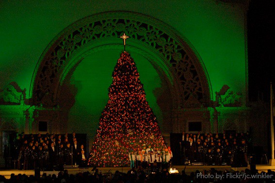 December-Nights-Balboa-Park-2-Trekaroo