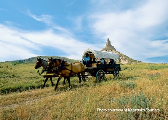 Chimney_Rock_Wagon_Nebraska