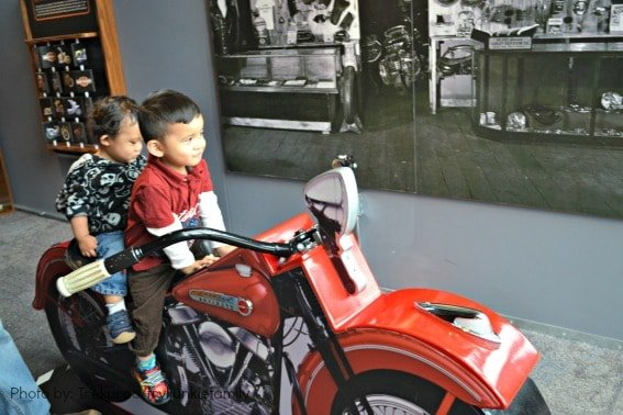 Harley-Davison Museum Milwaukee Family Activities Motorcycle