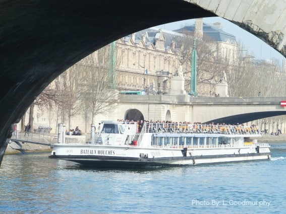 Paris with kids itinerary with the Seine Boat Cruise, Bateaux Mouches