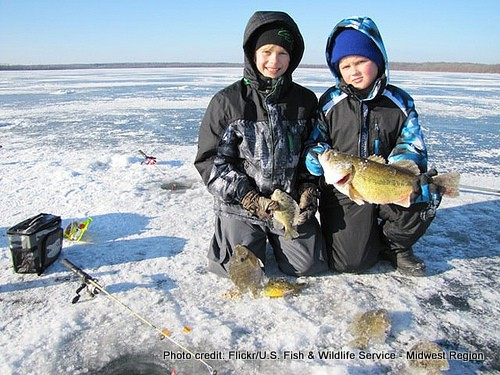 Minnesota Kids ice fishing