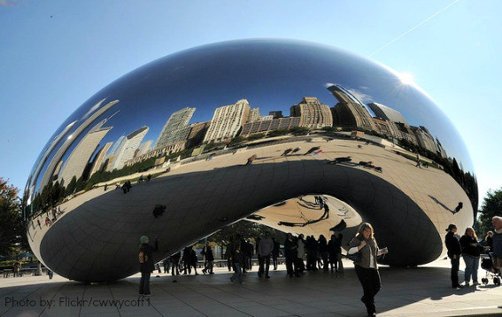 top things to do in chicago: see yourself in the Millenium Park Bean