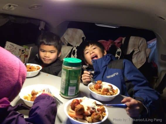 Roadtrip dining in a Jucy Campervan