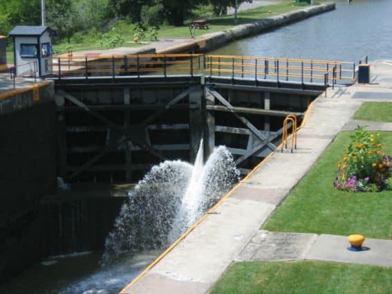 Eire_Canal,_Lock_32 Syracuse, NY