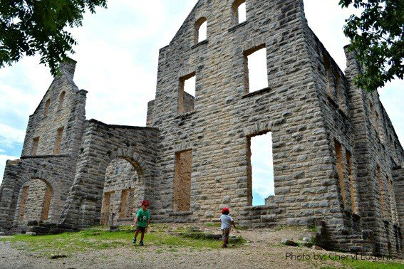 Lake of the Ozarks - Ha Ha Tonka State Park - Castle Ruins