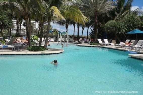 oceana-palms