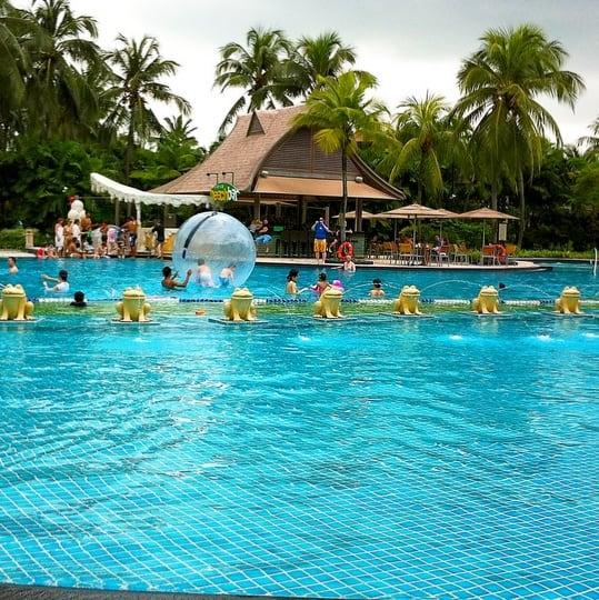Shangri-La Rasa Sentosa Singapore Pool