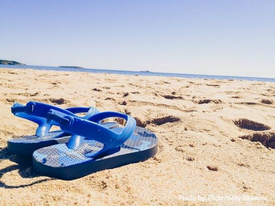 Flip-flops-sand-trekaroo