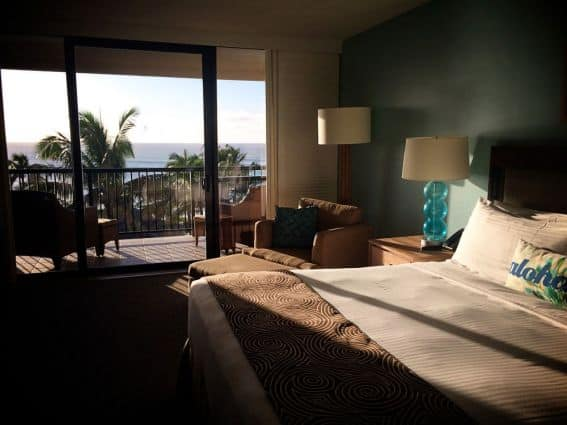 Turtle-Bay-Resort--King-Room--credit-Keryn-Means-023