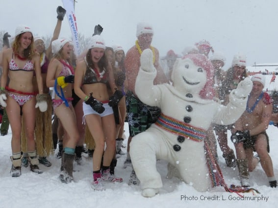 quebec city-carnival 2014-bonhomme ice bath-rsz