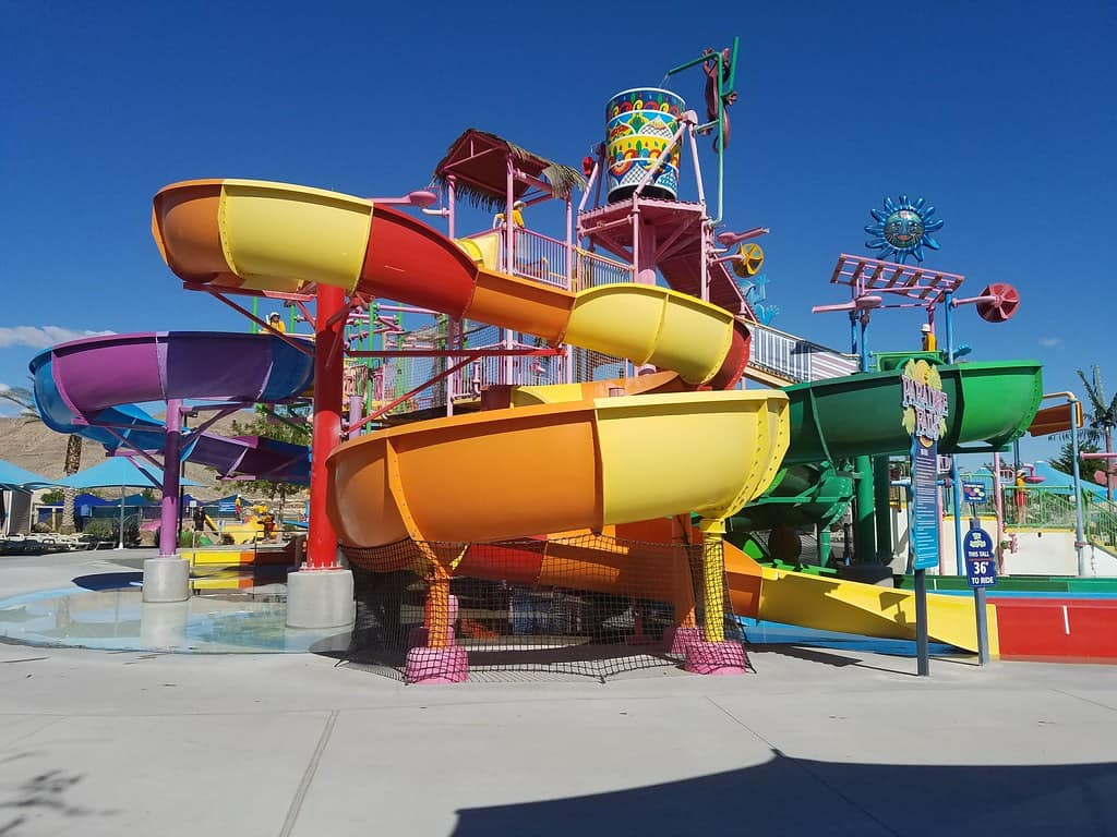 wet n wild is one of the best thigns to do in Las Vegas with kids