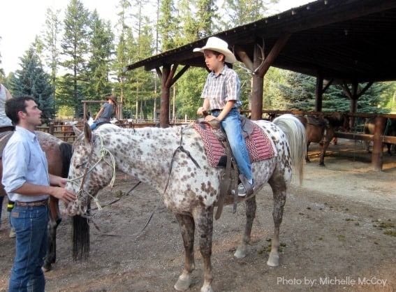 Learning-Horse-Riding-Dude-Ranch-Trekaroo