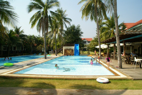 Dolphin Bay Resort Pools