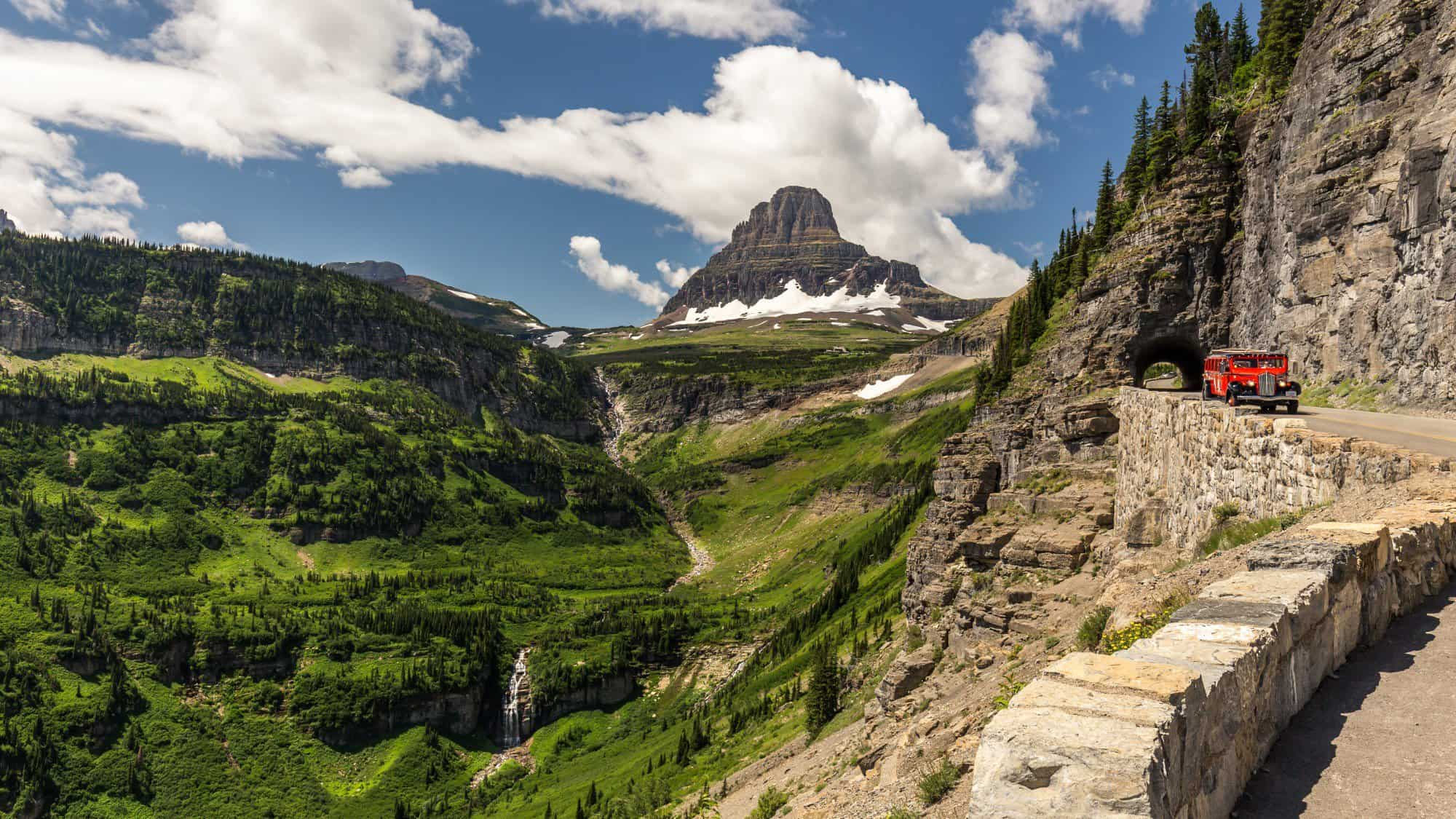 Glacier-National-Park-Going-to-the-sun-road-shutterstock