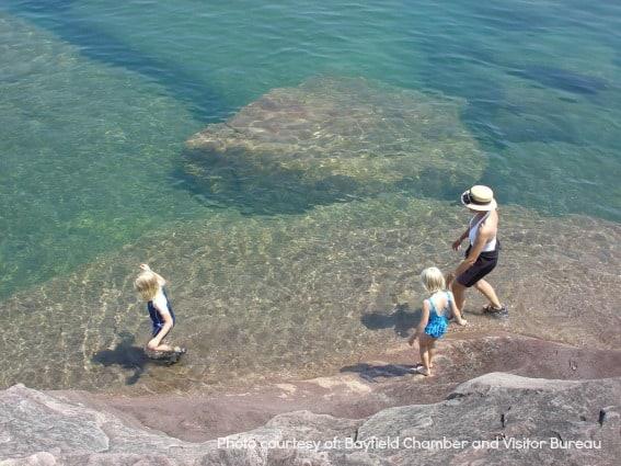 https://blog.trekaroo.com/wp-content/uploads/2015/04/Madeline-Island-Wisconsin-Beach-Water-Midwest-Island-Getaway.jpg