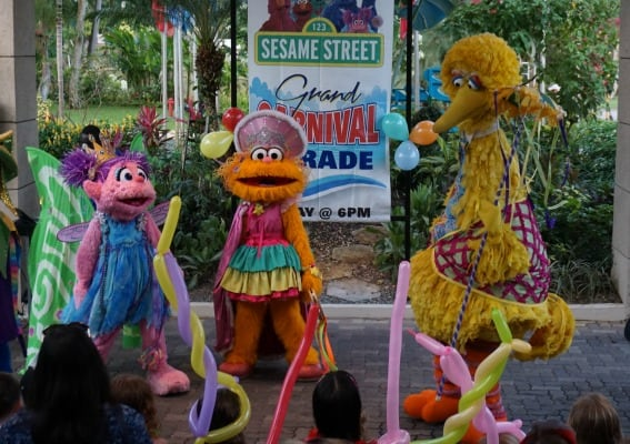 sesame-street-beaches-negril-liling