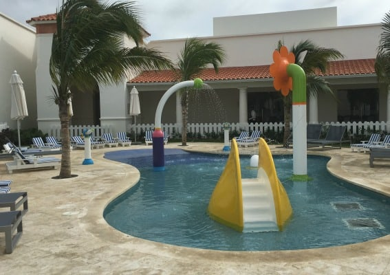 splash-pool-nickelodeon-punta-cana