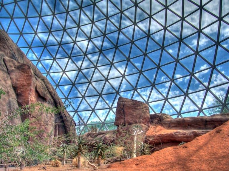 Henry Doorly Zoo's Desert Dome