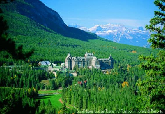 Destination_Signature_Banff_Springs_Hotel_Summer_Fairmont_6_Horizontal