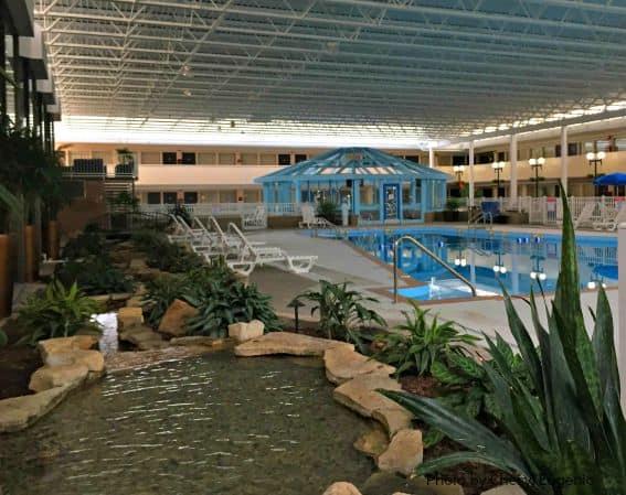 Garden Hotel Rockford Pool