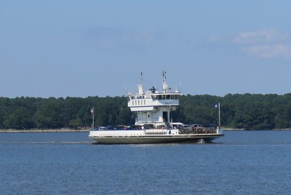 Jamestown Scottand Ferry James River